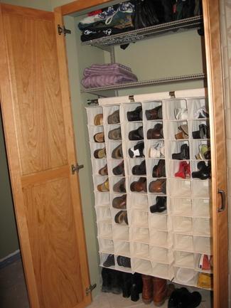 Shoe_closet_2