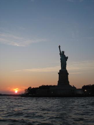 Liberty_at_sunset