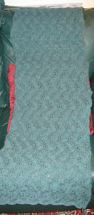 Wavy_lace_shawl_3